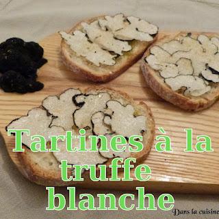 http://www.danslacuisinedhilary.blogspot.fr/2015/03/tartines-la-truffe-blanche-white.html