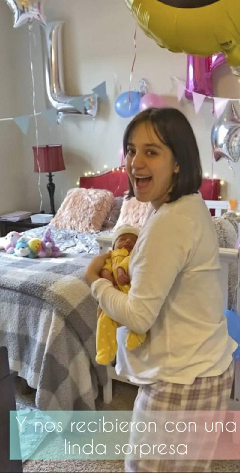Rocío Toscano mostró sus primeros días con mellizos