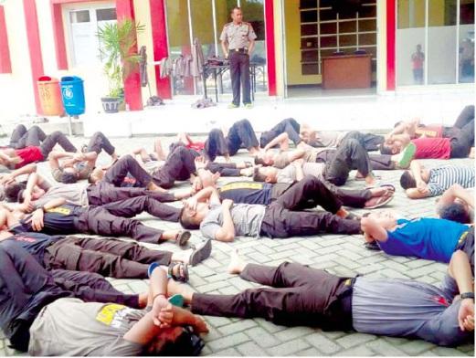 Polis Terima Padah Kerana Tinggalkan Solat