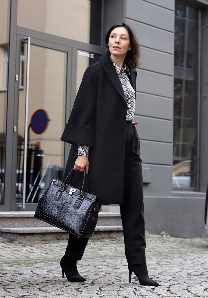 czarny płaszcz damski stylizacje 2021 2020