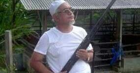 Image result for hadi pegang senapang