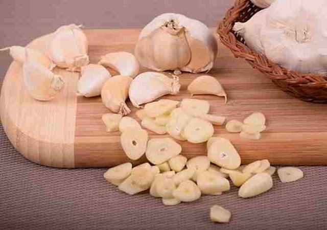 garlic powder garlic powder substitute substitute for garlic powder garlic powder vs garlic salt garlic powder clove garlic powder for cloves garlic powder to cloves garlic powder nutrition garlic powder carbs