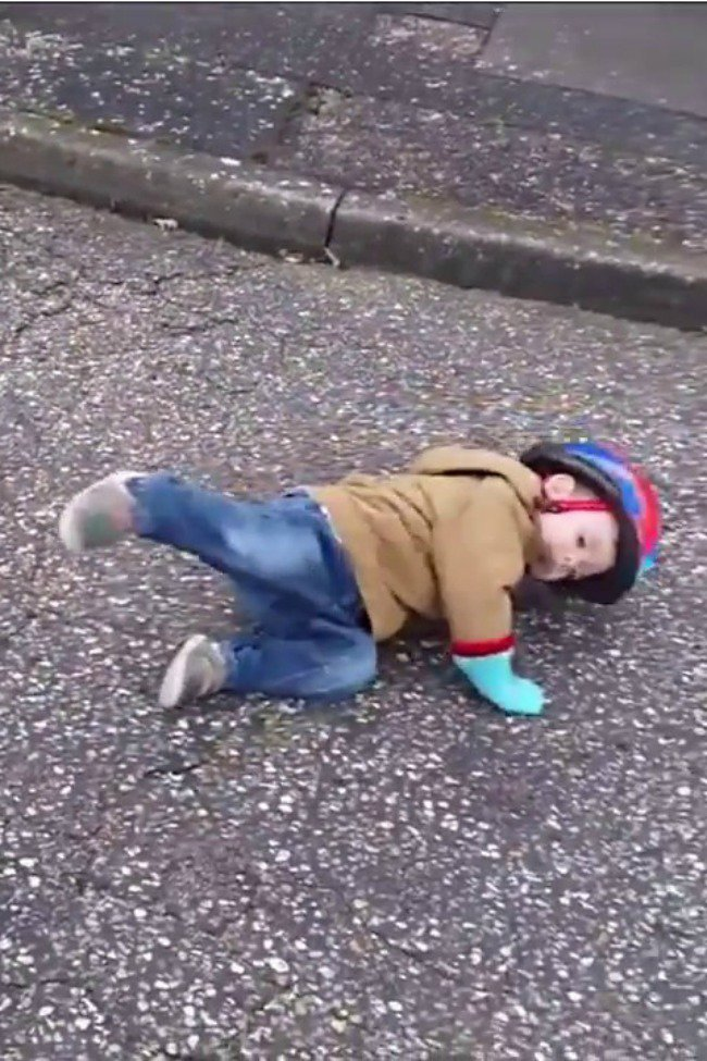 A cute kid has shocking bicycle accident