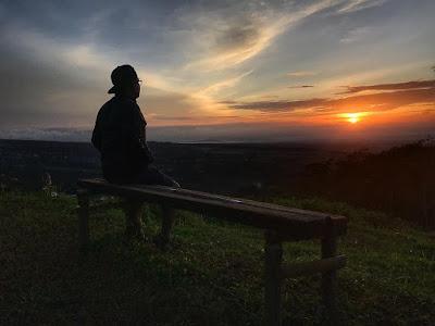 Sunset di Bukit Tranggulasih