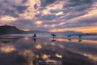 Surfistas en Sopelana