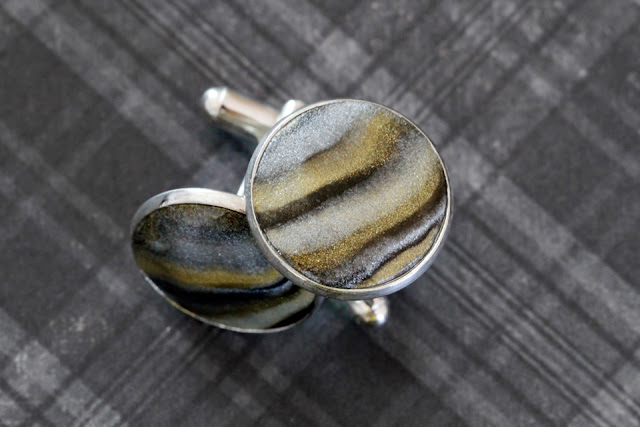 http://creativityunmasked.blogspot.co.nz/2016/06/diy-polymer-clay-marbled-metallic.html