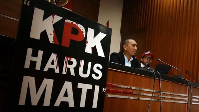 Anggap Terlalu Politis, Relawan Jokowi Dorong DPR Bekukan KPK