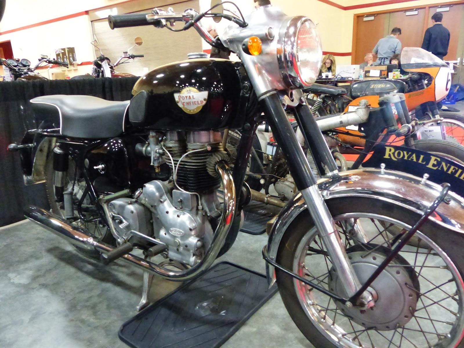 oldmotodude 1960 royal enfield 350 bullet for sale at the 2016 mecum las vegas motorcycle auction. Black Bedroom Furniture Sets. Home Design Ideas