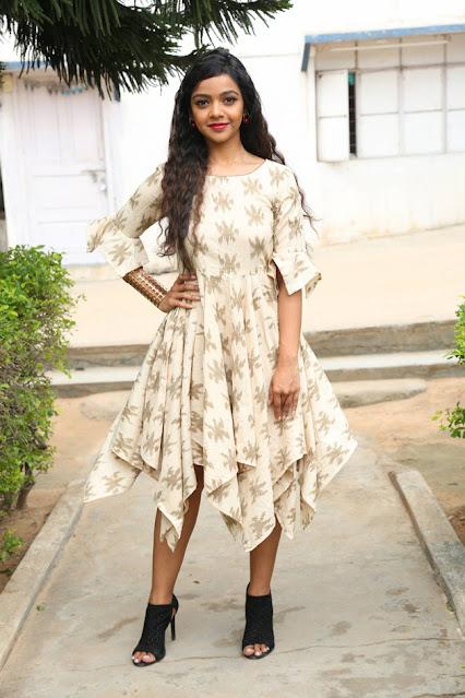 Nithya Shetty Launches IKAT Art Mela Navel Queens
