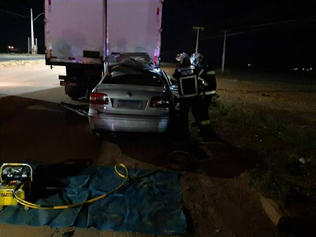 Homem morre em acidente entre caminhão baú e carro de passeio em Luís Eduardo Magalhães