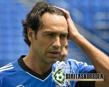 Profil Alessandro Nesta, Tolak AS Roma Demi Sang Ayah