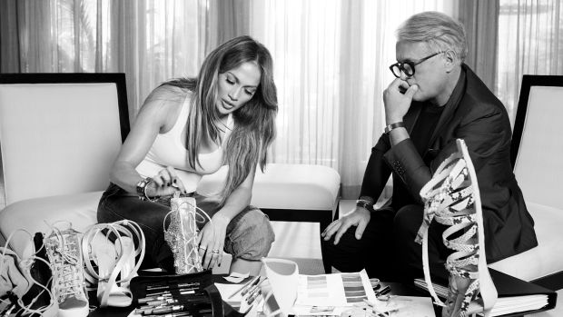 JENNIFER LOPEZ & GIUSEPPE ZANOTTI: together for a sexy and modern shoe collection