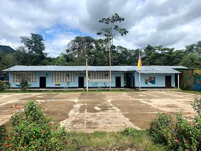 La escuela de los Aletones, cerrada mientras pasa la pandemia de COVID 19 - Foto Alirio González 10 de Junio