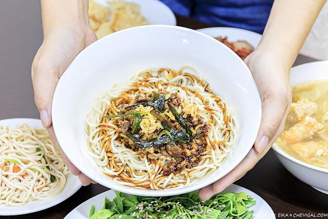 MG 7554 - 熱血採訪│不用特地跑去台南,也能吃到料鮮味美的土魠魚羹!加點烏醋更對味~