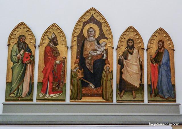 A Adoração dos Reis Magos, conjunto de peças de Altar exposto na Accademia
