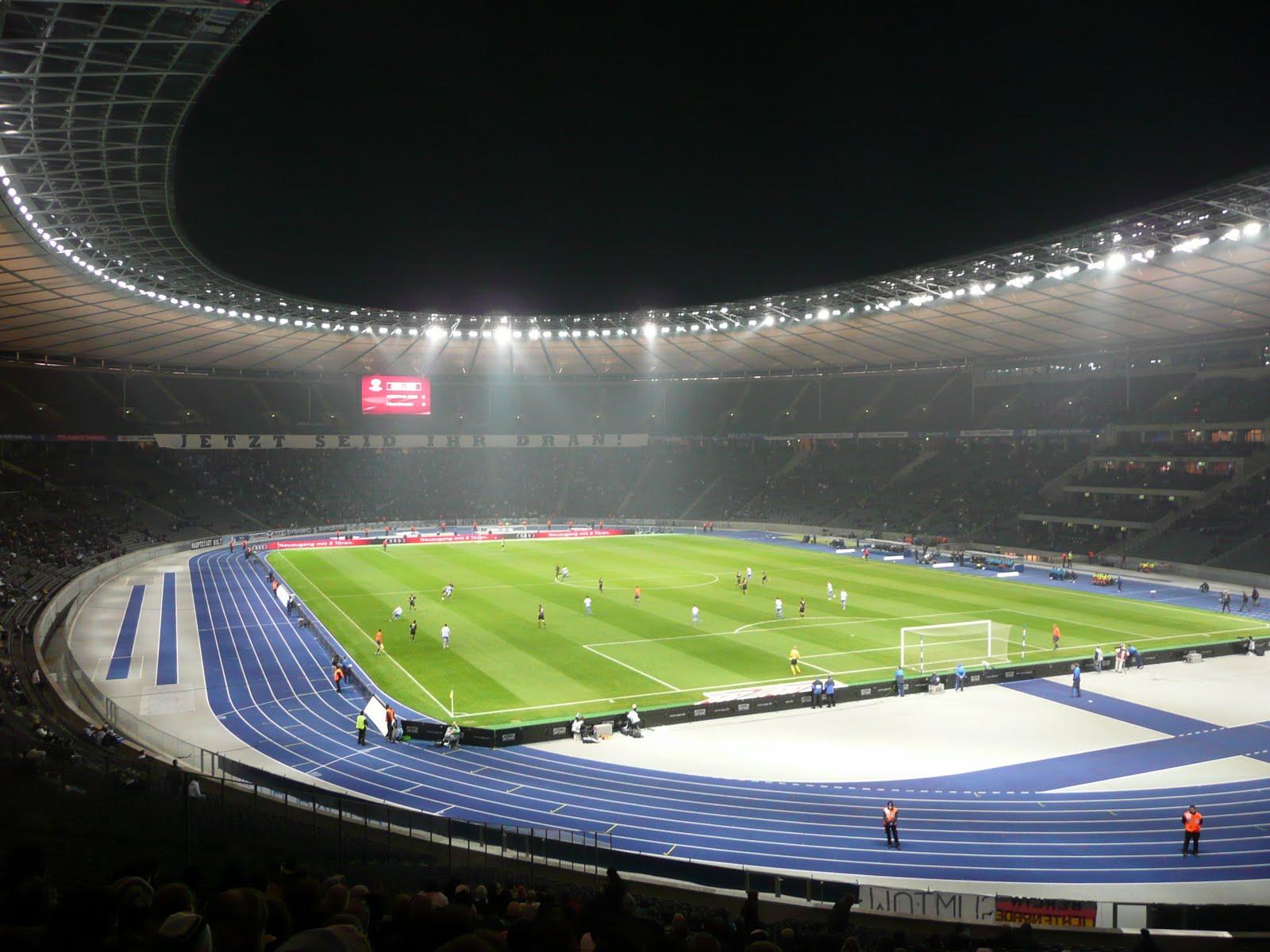 Live Football: Stadion im Borussia-Park - Borussia ...