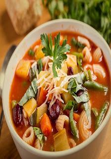 Melhor Receita de sopa - Couve Com Nozes, Creme De Abobora e Capim Santo Galinha caipira