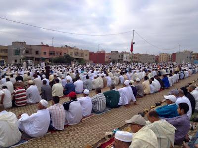 السابعة صباحا هو موعد صلاة العيد بالمصلى و طاقم برشيد بريس يتمنى لكم عيدا مباركا سعيدا