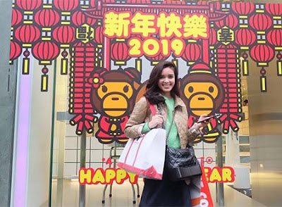 Claudia Andhara di Jepang