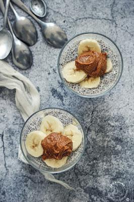 Chia puding sa bananama