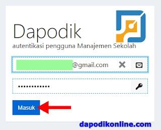 Masukkan email akun dan password dapodik operator sekolah kemudian klik masuk