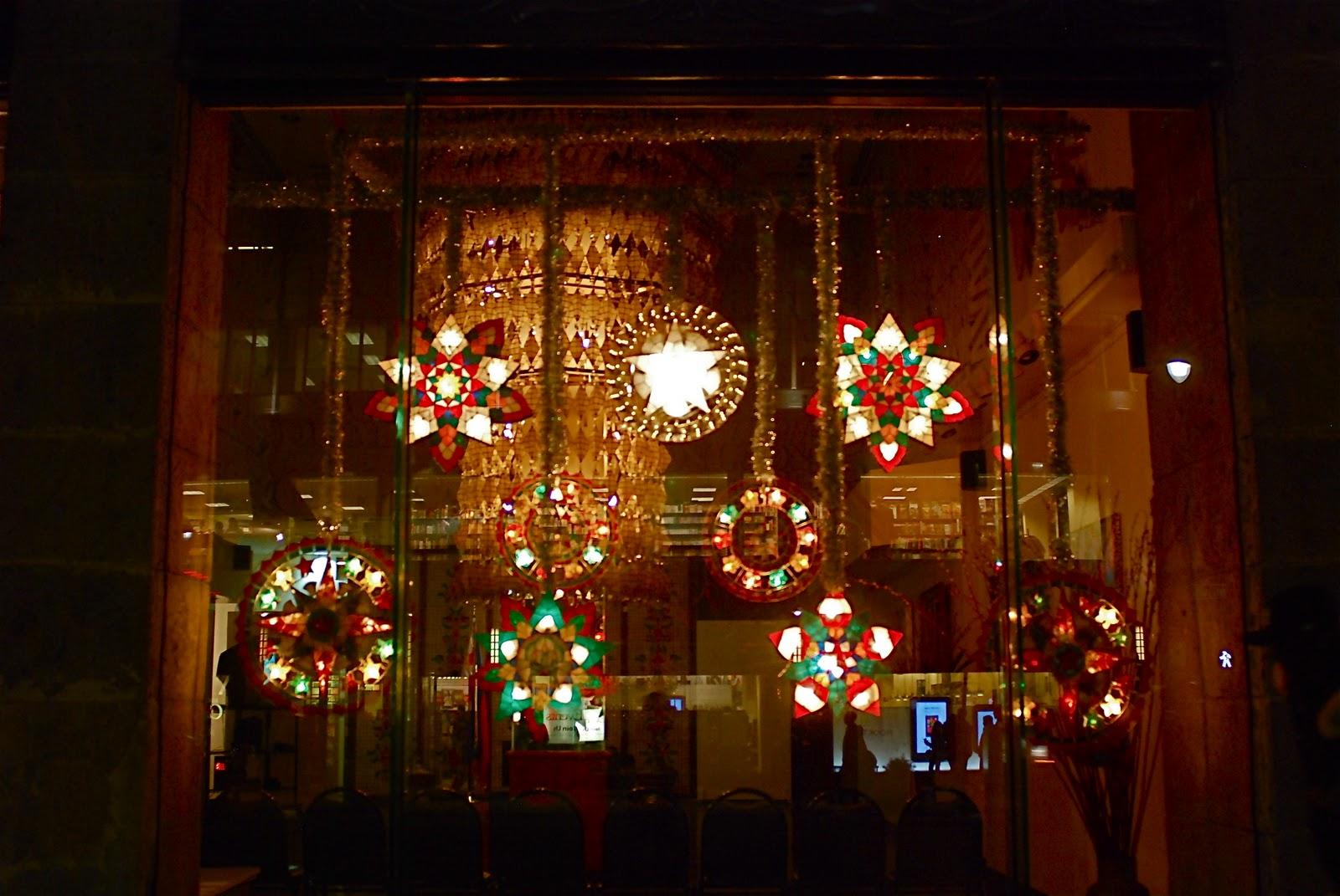 Christmas Lanterns.Nyc Nyc Capiz Shell Christmas Lanterns Adorn Philippine