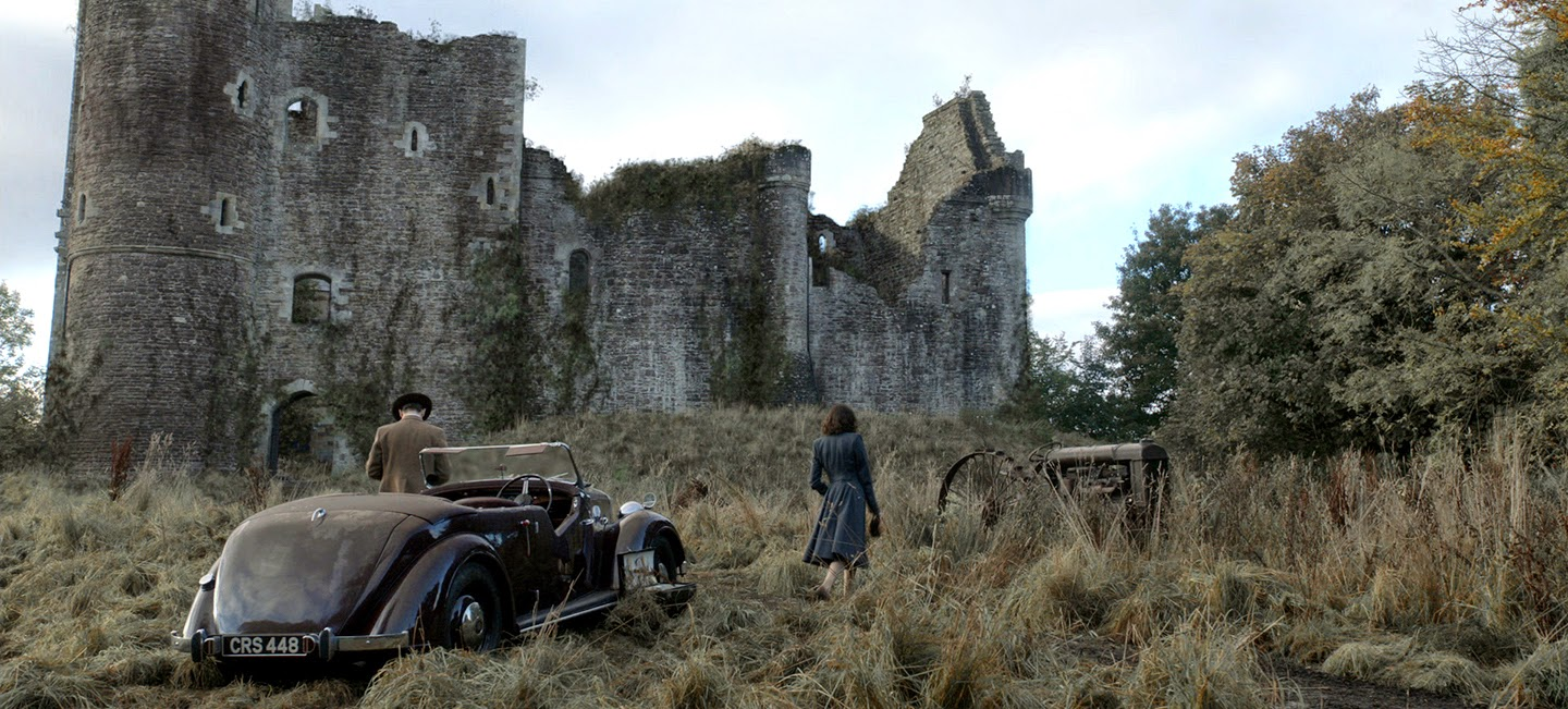 Outlander- Castle Leoch