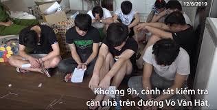 Nhóm 20 người Trung Quốc giả cảnh sát để lừa đảo ở Sài Gòn