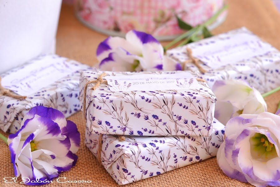Detalles para bodas jabones naturales lavanda