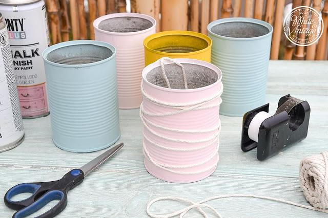 Dosen für Pflanzgefäße mit geometrischen Mustern verzieren.