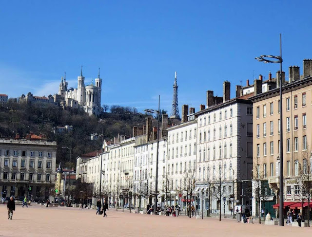 Things to do in Lyon France in 3 days: Place Bellecour, the largest open square in Europe