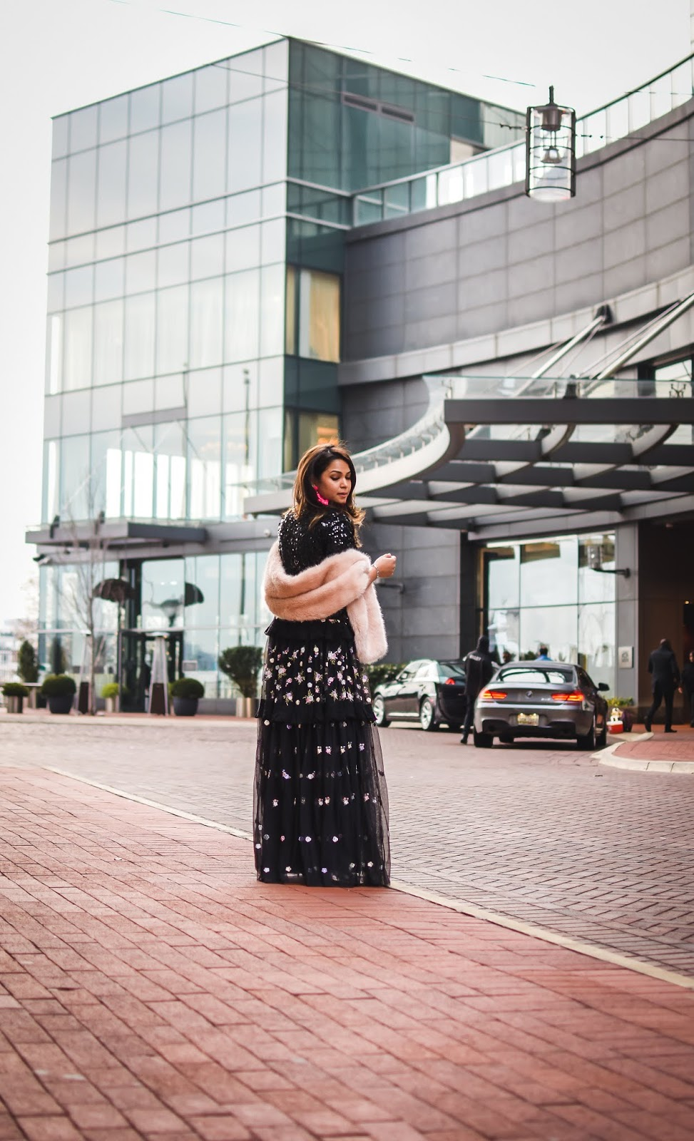 holiday outfits, black gown, needle and thread black floral gown, street, fashion blogger, saumya shiohare, Myriad musings, fur stole outfit