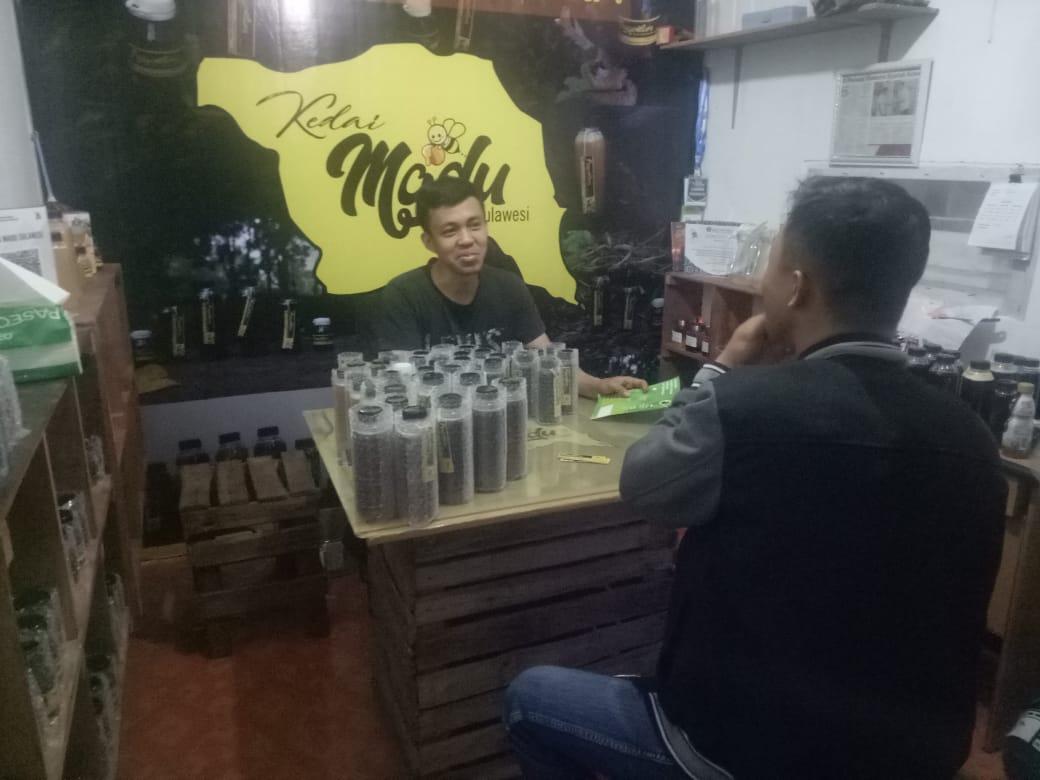 Pihak Tokopedia Berkunjung Ke Kedai Madu Sulawesi