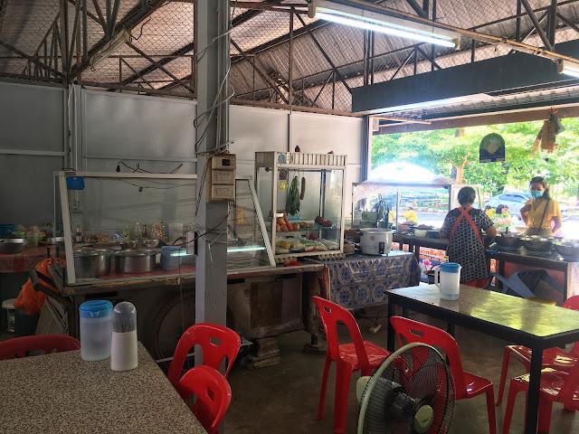 curry shop at Wat Tham Suea, Krabi, Thailand