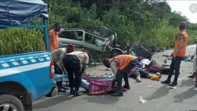Christmas Eve tragedy: four killed, several critical in the multiple crash in Edo.