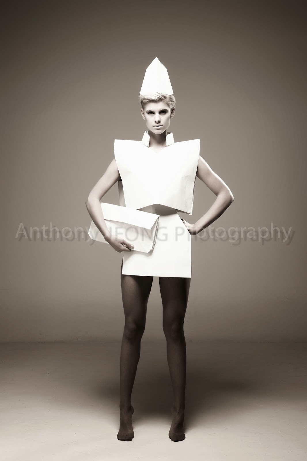10 Modern And Creative Fashion Designs Inspired By Origami | 1600x1066