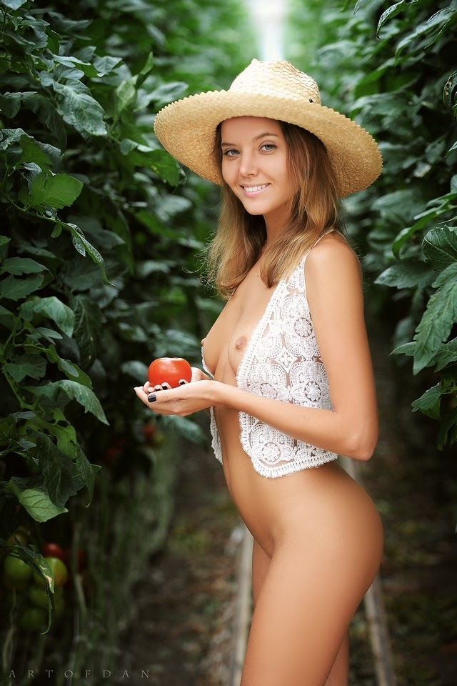 [ArtOfDan] Katya Clover - Fruits Of Nature - idols