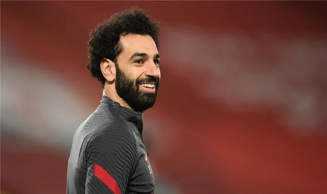 Arsenal legend warns Liverpool against selling Mohamed Salah