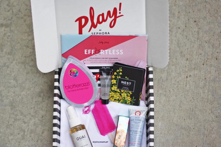 Benefit Bronzer, First Aid Beauty Facial Cleanser, Nest Fragrance, Blotterazzi, Ouai Wave Spray, Smashbox Photofinsh Primer, College Blogger, Beauty Blogger, Lifestyle Blogger