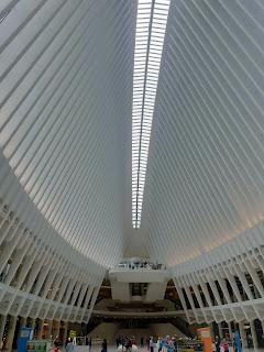 מרכז הקניות והתחבורה - אוקולוס