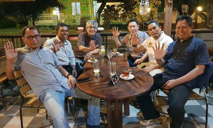 Baliho Prof Andalan Dirusak, Tim: Mari Bangun Demokrasi yang Sehat