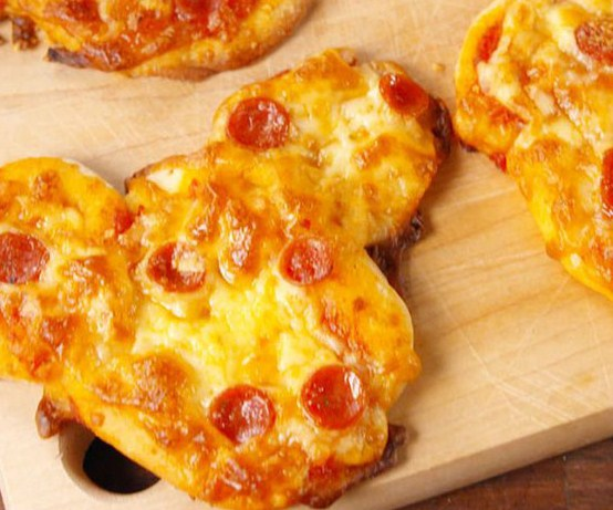 Mickey Pizzas are The Happiest Snack on Earth