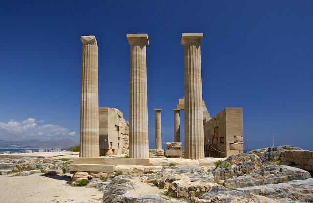Athena-tempio-Grecia-fregio architettonico