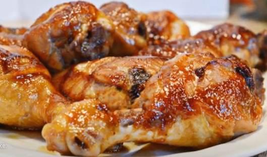 The Best Baked Chicken Legs #chickenlegsrecipe, #chickendrumsticksrecipe, #bakedchicken, #easychickendinnerrecipe, #howtobakechickenlegs, #bestbakedchickenlegs,