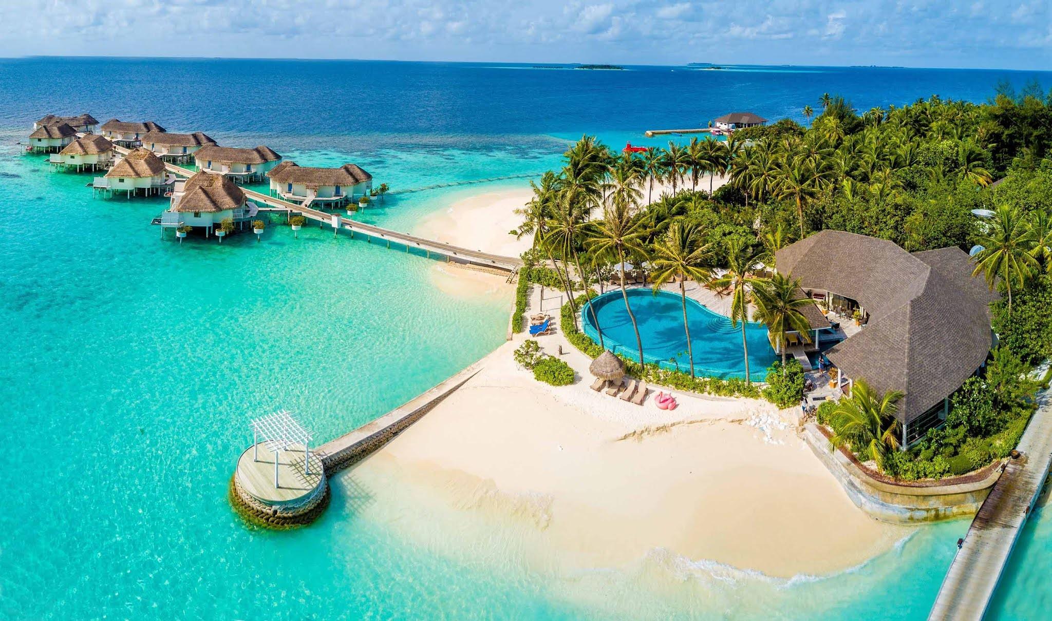 Отель Centara Grand Island Resort & Spa на Мальдивах
