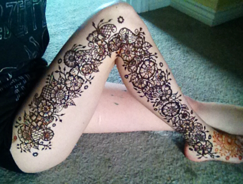 Mehndi Legs Images : Mehndi design for legs. gallery of foot with different