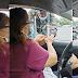 Pulis, Humingi ng Dasal sa Isang Pastora na Napadaan sa Checkpoint
