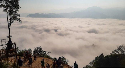 males megawe - Negeri di Atas Awan Gunung Luhur