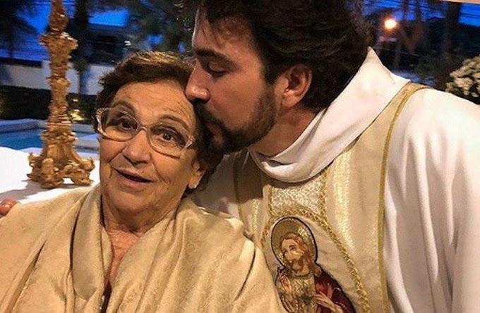 Mãe do Padre Fabio de Melo quatro dias após tomar a vacina, está internada com Covid-19