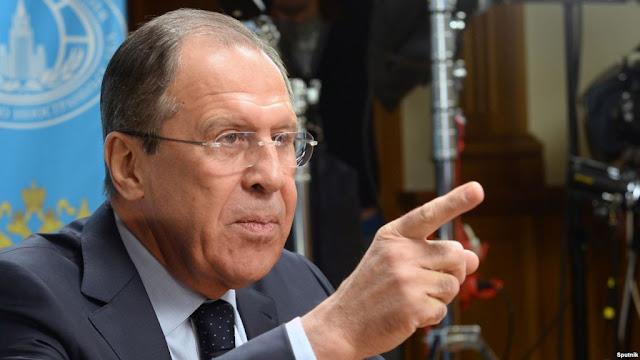 """Ο Λαβρόφ καταγγέλλει τον """"μύθο της ρωσικής απειλής"""" στην Ευρώπη"""
